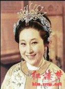 《红楼梦》中薛姨妈为什么一直住在贾家